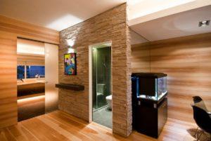 Ламинат на стену – оригинальный выбор