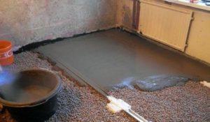 Выравнивание бетонной стяжкой