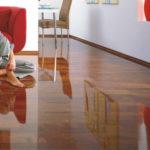 Глянцевый ламинат для интерьера дома