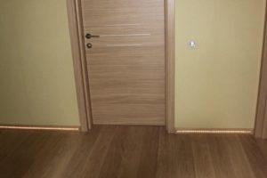 Применение ламината для оформления дверей