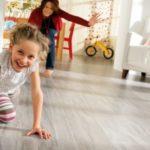 Применение ламинатного пола для обустройства детской комнаты