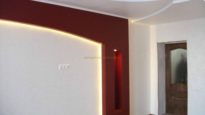 Применение подсветки для оформления ламината на стенах