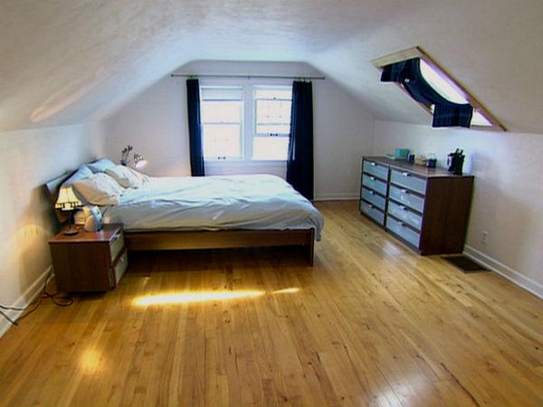 Спальня на мансарде на основе ламината