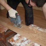 Выбираем инструменты, чтобы разрезать ламинат