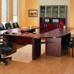Как выбирать офисные кресла и стулья