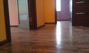 Ламинат в обустройстве коридора