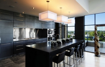 Черная кухня – это не мрачно, а элегантно!