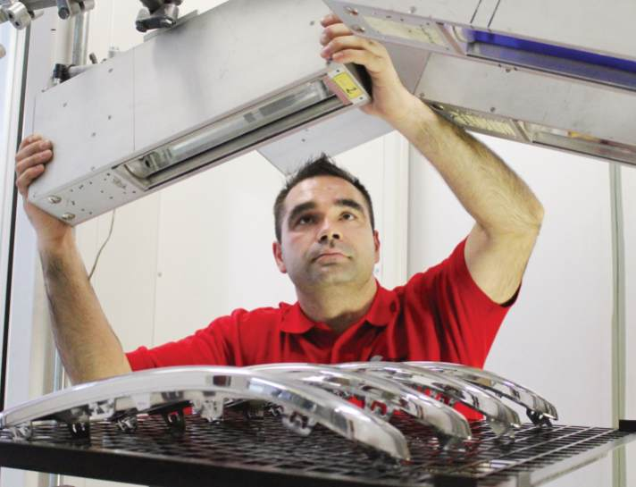 Эффективная предварительная обработка пластиковых деталей